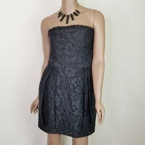 Alice + Olivia Embroidered Strapless Dress